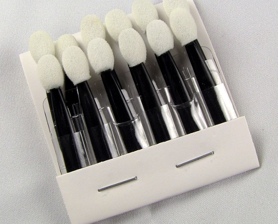 sponge-tip-applicators